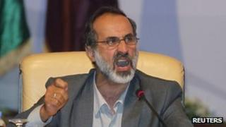 Moaz al-Khatib speaks in Doha, Qatar, 11 November 2012
