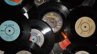 Vinyl single records