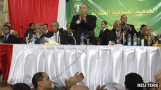 Ahmed al-Zind (C), head of Egypt's Judges Club, during a meeting in Cairo on 24 November.