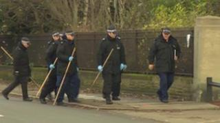 Police prepare to search on Sunday