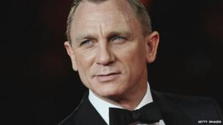 Daniel Craig in a smart suit.