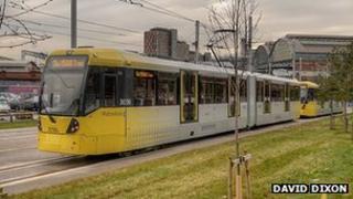 Metrolink tram on the Droylsden line