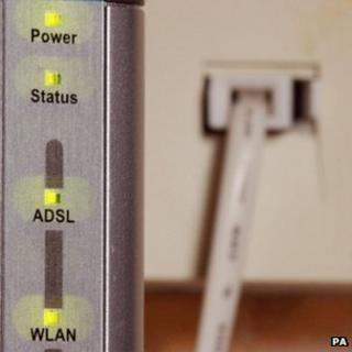 Broadband plug
