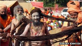 Indian holy men heading to Allahabad