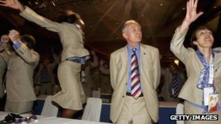 Ken Livingstone in Singapore when London won the bid for the 2012 Games