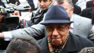 Former Turkish Chief of Staff Ismail Hakki Karadayi arriving at Ankara courthouse, 3 Jan 13