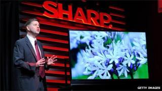 Jim Sanduski unveils the Sharp ICC Purios 4K ultra HD television