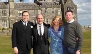 David Walliams (left) with Viscount Crichton and Amanda and Noel Johnston