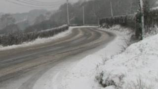 Snow on the A482 at Lampeter