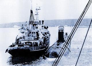 K-27 sub being towed prior to being scuttled off Novaya Zemlya, 1981