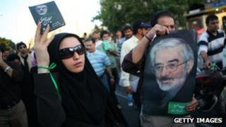 Supporters of Mir Hossein Mousavi hold rally in Tehran (file photo)