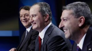 Nicos Anastasiades (left), Stavros Malas (centre), Giorgos Lillikas (right) prepare for a televised debate (11 February 2013)