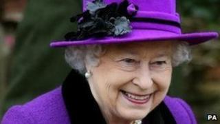 Brenhines Elisabeth II