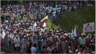 Hundreds of coffee growers march near Medellin, Colombia