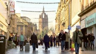 Paisley is considering bringing back traffic to its pedestrian shopping street
