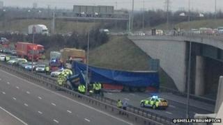M6 toll crash