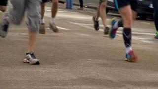Runners taking part in the 2013 Brighton marathon