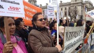 Caste protest, Parliament Square