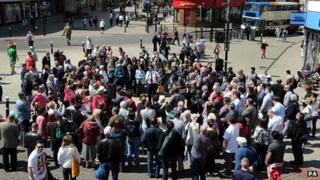 Ed Miliband speaking to crowds in Hastings