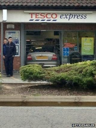 Mayor's car in the entrance to Tesco Express, Lawson Place