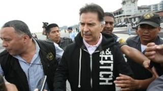 Alfonso Portillo is taken under custody to be extradited to the United States (28/05/2013)