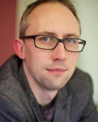 Chris Ewan