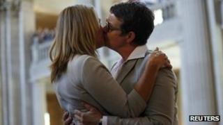 Sandy Stier (left) and Kris Perry kiss after being married at San Francisco city hall. Photo: 28 June 2013