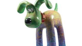 Gromit sculpture