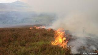 Grass fire between Laggan and Dalwhinnie