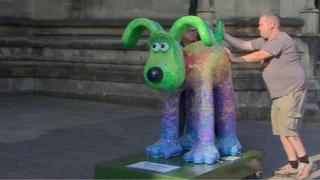 Poetry in Motion Gromit statue