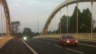 Walton Bridge