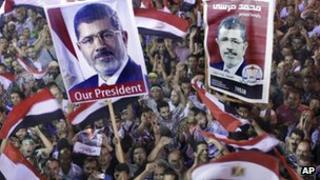 Pro-Morsi supporters in Cairo (19 July 2013)