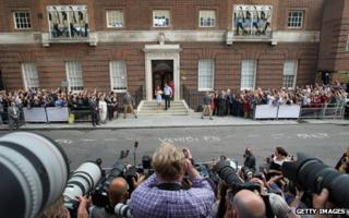 The duke, duchess and new son outside the Lindo Wing