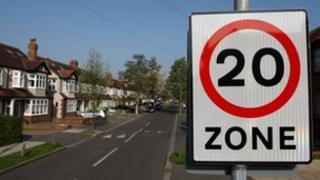 20mph sign on road
