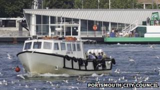 Park-and-sail boat