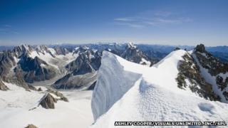 The summit of the 4000 meter peak of Mont Blanc Du Tacul