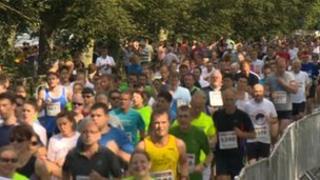 Runners at Jane Tomlinson York 10K race