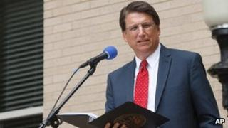 North Carolina Gov. Pat McCrory (file pic May 2013)
