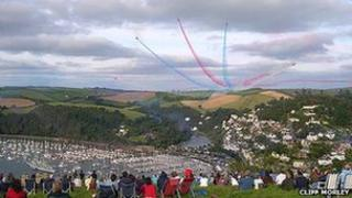 Red Arrows performing at Dartmouth Regatta 2008