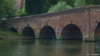 Sonning Bridge with the letterbox
