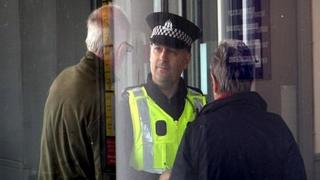 Police interview shoppers
