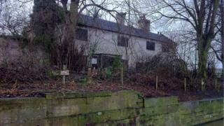 Weir Cottages