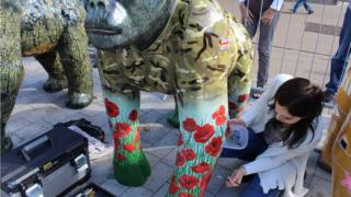 Gorilla statue outside Forum in Norwich being re-painted