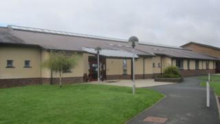 Ysgol Ysgol Ffynnonbedr
