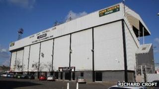 Grimsby Town FC ground, Blundell Park