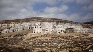Settlement homes under construction at Givat Zeev in the West Bank (September 2013)