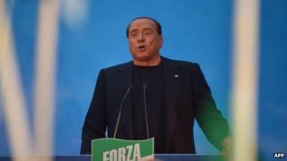 Silvio Berlusconi addresses supporters, Rome 27 Nov