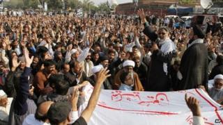 Shias condemn Tuesday's killings of cleric Deedar Ali Jalbani and his guard by gunmen