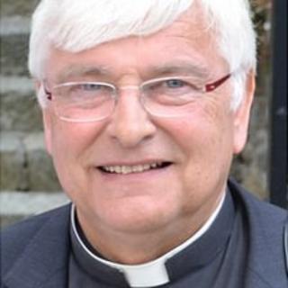 Canon Paul Mellor