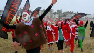 Weymouth Christmas pudding chase 2013